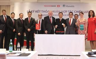 Techcombank & Manulife Việt Nam hợp tác bảo hiểm độc quyền 15 năm
