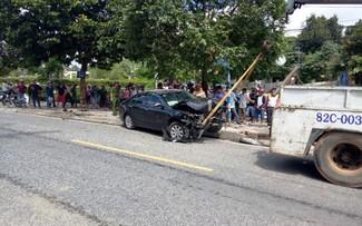 Hiện trường vụ tai nạn khiến 3 người thương vong. Ảnh : Vũ Di