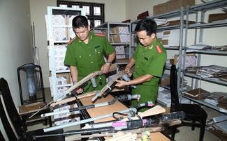 Chấn chỉnh tình trạng mua bán vũ khí qua mạng