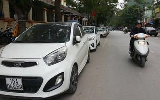 Hải Phòng: Người dân phản ứng với quy định cấm đỗ xe trong trung tâm