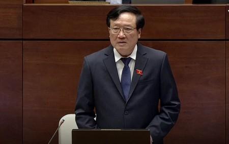 """Chánh án TAND Tối cao Nguyễn Hòa Bình: """"Quốc hội đã thông qua Luật Hình sự và quy định sau ngày 1-1-2018, các hành vi vi phạm nợ bảo hiểm xã hội bắt buộc, coi như là tội phạm.."""""""