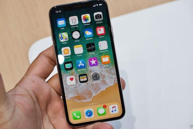 Video trên tay siêu phẩm iPhone X
