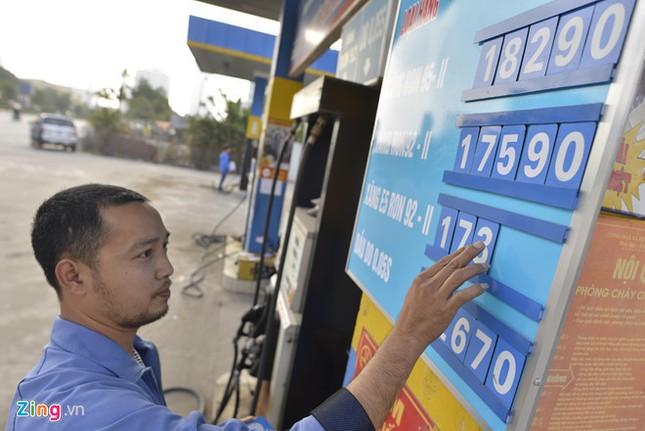 Trạm xăng 100% vốn nước ngoài đầu tiên tại Hà Nội