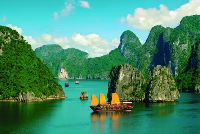 Bảo tồn di sản trong thời đại làm kinh tế và phát triển du lịch