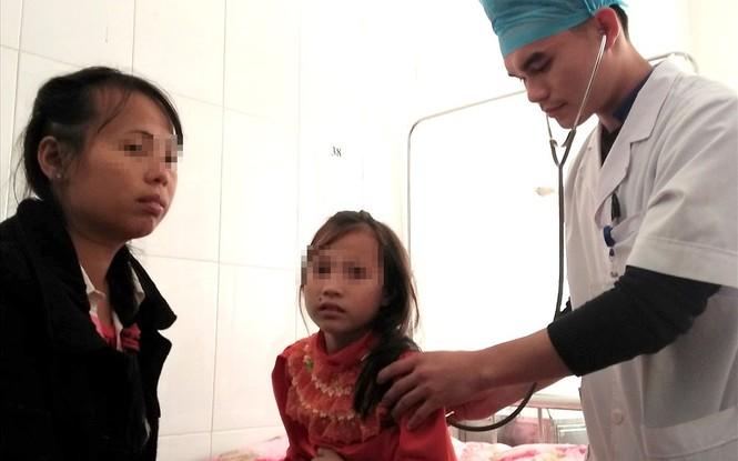 Các em học sinh được đưa đến bệnh viện kịp thời nhưng chưa rõ nguyên nhân vì sao phát bệnh