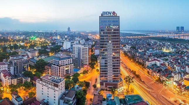 Ngắm những tòa nhà ở Việt Nam có sân đỗ trực thăng hiện đại - ảnh 6