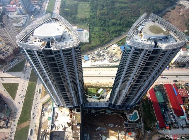 Ngắm những tòa nhà ở Việt Nam có sân đỗ trực thăng hiện đại - ảnh 5