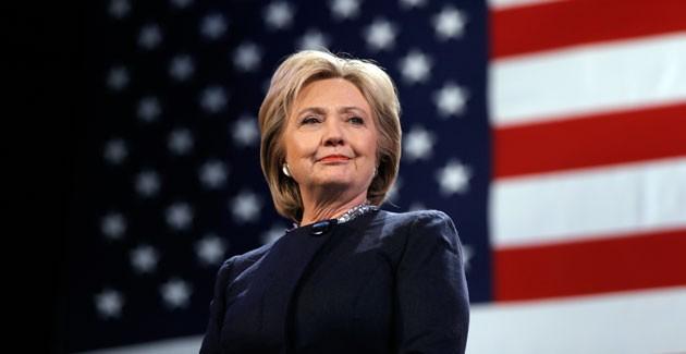 Số người tham gia cuộc vận động tranh cử của bà Clinton cao kỷ lục - ảnh 1