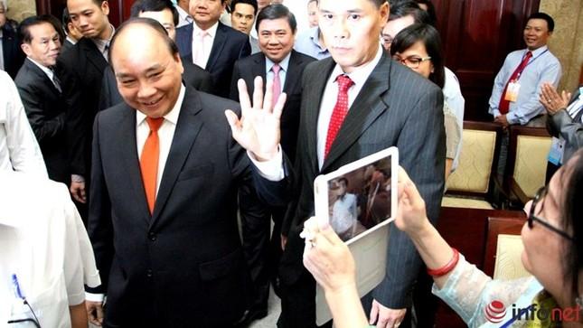 Trò chuyện với kiều bào, Thủ tướng dẫn ca dao - ảnh 1