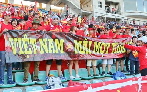 Hạ Myanmar 2-1, tuyển Việt Nam mang chiến thắng tặng thầy Hữu Thắng dịp 20/11  - ảnh 3