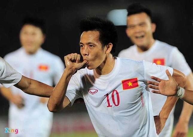 Hạ Myanmar 2-1, tuyển Việt Nam mang chiến thắng tặng thầy Hữu Thắng dịp 20/11  - ảnh 2