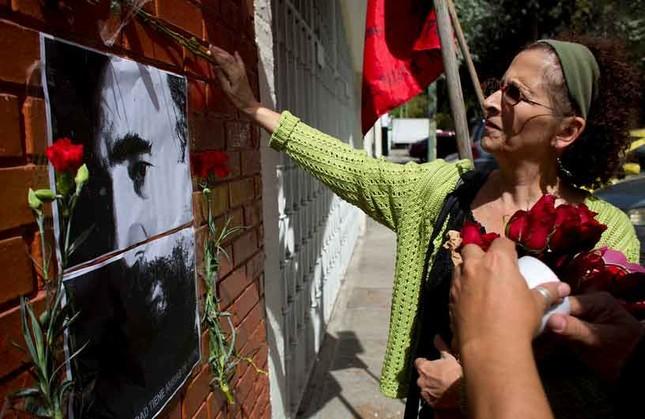 Người dân thế giới tiếc thương lãnh tụ cách mạng Fidel Castro - ảnh 8
