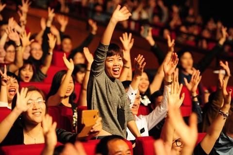 Thomas Anders của Modern Talking khiến khán giả Việt 'phát cuồng' - ảnh 2