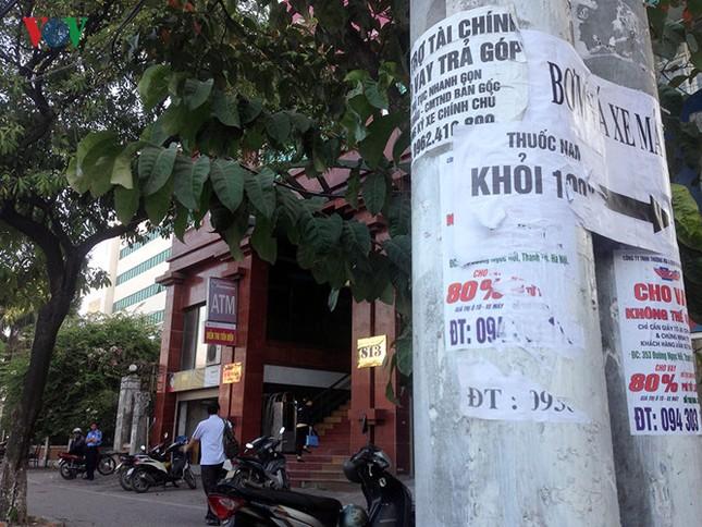 """Báo động tình trạng """"bôi bẩn"""" phố phường Hà Nội - ảnh 8"""