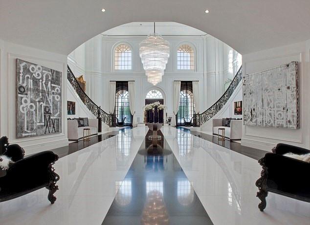 Vợ chồng David Beckham mua 'siêu biệt thự' 200 triệu USD - ảnh 2