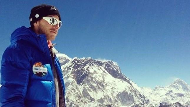 """Chinh phục """"thực tế ảo"""" trên đỉnh Everest - ảnh 1"""