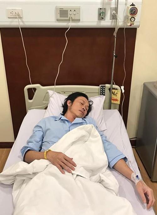 Hoài Linh nhập viện cấp cứu, hủy liveshow - ảnh 1