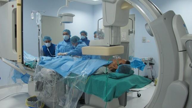 Bệnh viện E tiên phong xây dựng nhà vệ sinh hiện đại cho bệnh nhân - ảnh 2