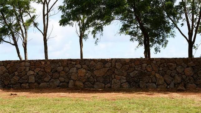 Ông chủ Facebook kiện dân Hawaii để thâu tóm đất đai - ảnh 1