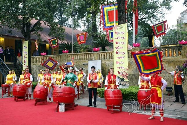 Chủ tịch nước Trần Đại Quang dâng hương ở Hoàng thành Thăng Long - ảnh 3
