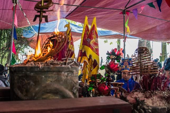 Hình ảnh độc đáo trong các lễ hội đầu Xuân - ảnh 1