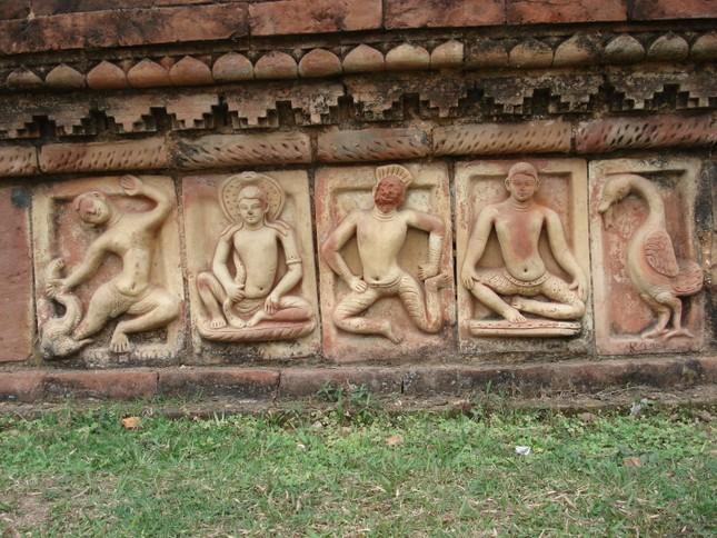 Bangladesh: Phế tích Phật giáo Somapura Mahavihara  - ảnh 2