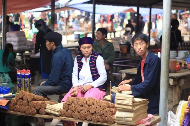 Chợ lùi: độc đáo Hà Giang - ảnh 2