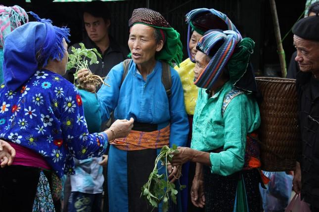 Chợ lùi: độc đáo Hà Giang - ảnh 1
