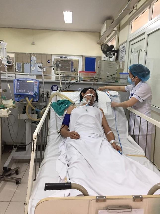 Hà Nội: Thêm bệnh nhân ngộ độc methanol nguy cơ tử vong - ảnh 1