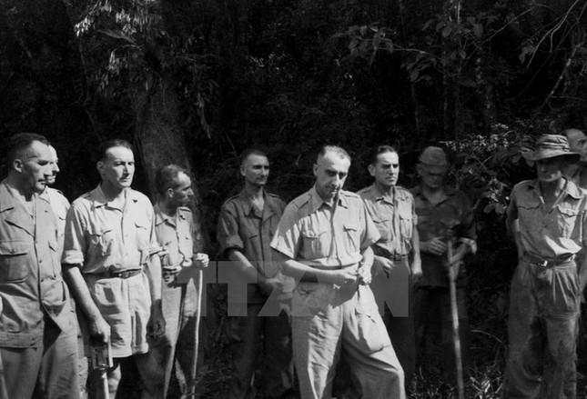 Nhìn lại Chiến thắng Điện Biên Phủ qua những bức ảnh  - ảnh 3