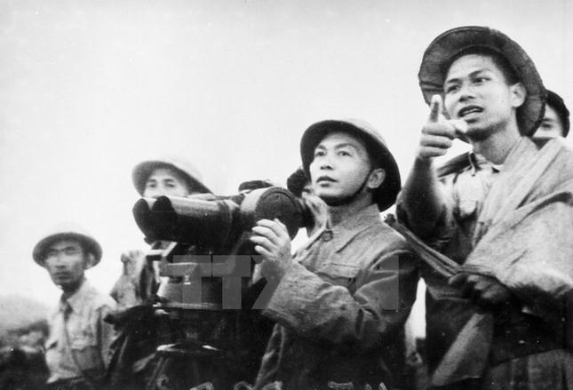 Nhìn lại Chiến thắng Điện Biên Phủ qua những bức ảnh  - ảnh 7