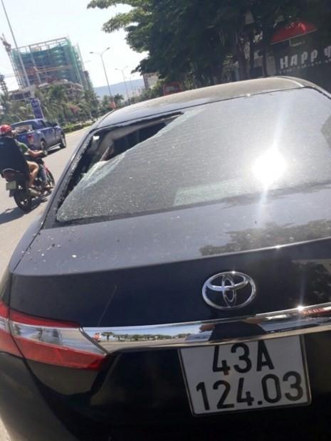 Hàng loạt ô tô của người dân Đà Nẵng bị kẻ xấu đập phá - ảnh 1