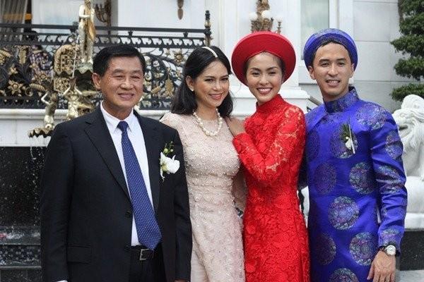 Bố chồng Hà Tăng là ông chủ mới của Tràng Tiền Plaza? - ảnh 1
