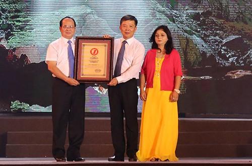 Sơn Đoòng được thêm 2 chứng nhận kỷ lục lớn nhất thế giới  - ảnh 1