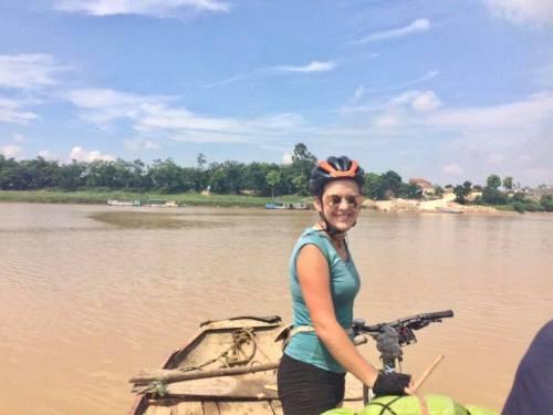 Bị trộm xe đạp ở Sài Gòn, khách Tây vẫn muốn quay lại Việt Nam  - ảnh 1