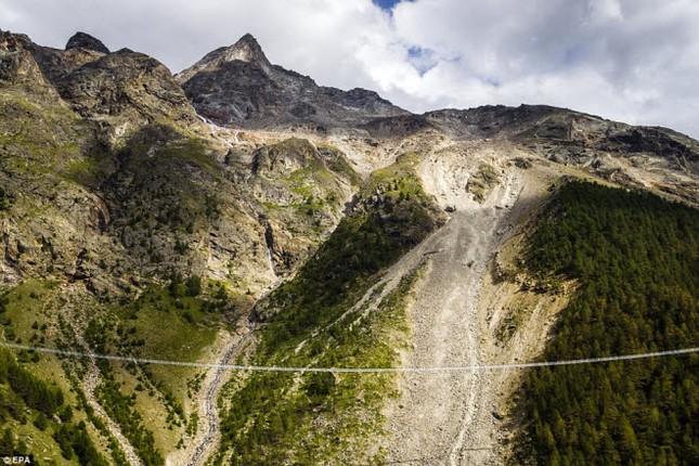 Cầu treo đi bộ dài nhất thế giới mở của đón du khách - ảnh 4