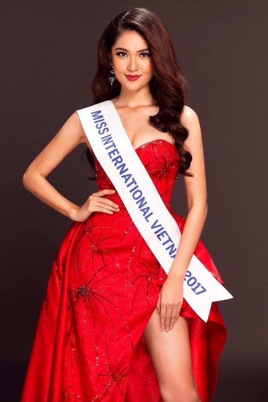 Á hậu Thuỳ Dung đại diện Việt Nam tham dự Miss International 2017 - ảnh 3