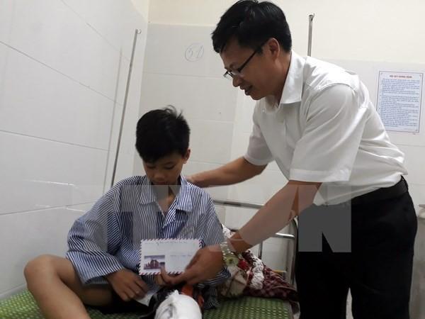 Gãy đổ tượng trong Đài chiến thắng Bắc Kạn, 1 bé trai bị thương - ảnh 1