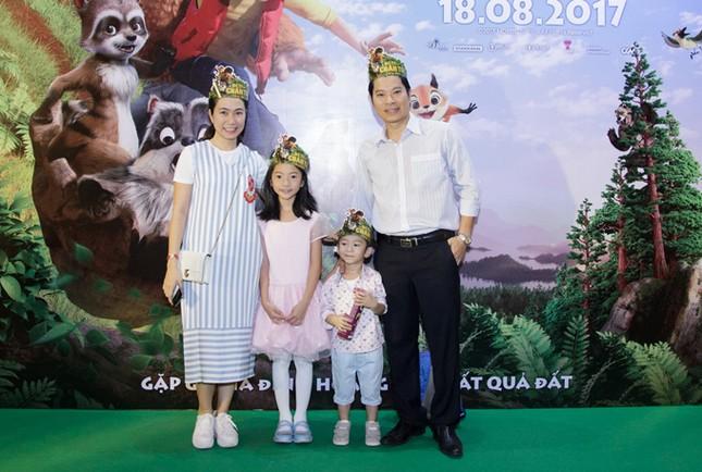 Vợ chồng Lý Hải 'rồng rắn' đưa 4 con dự sự kiện - ảnh 5