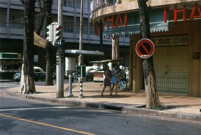 Phụ nữ Sài Gòn năm 1969 trong ảnh của cựu binh Mỹ - ảnh 2