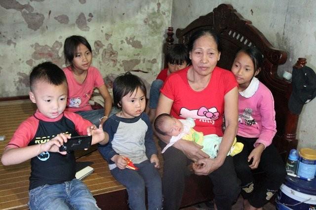 Hà Nội: Người phụ nữ 29 tuổi đẻ sòn sòn 8 con sau 12 năm kết hôn  - ảnh 1