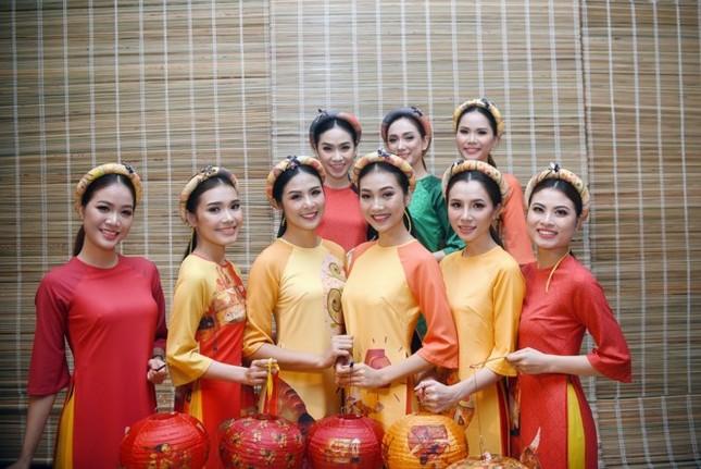 Ngọc Hân cùng dàn người đẹp diễn áo dài tại tiệc chào mừng APEC - ảnh 8