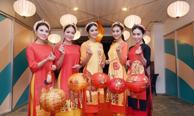 Ngọc Hân cùng dàn người đẹp diễn áo dài tại tiệc chào mừng APEC - ảnh 4