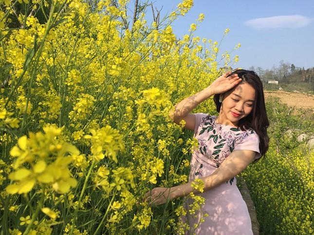 Mải mê 'sống ảo' với thảm hoa cải vàng đẹp mê hồn ở Sun World Fansipan Legend - ảnh 5