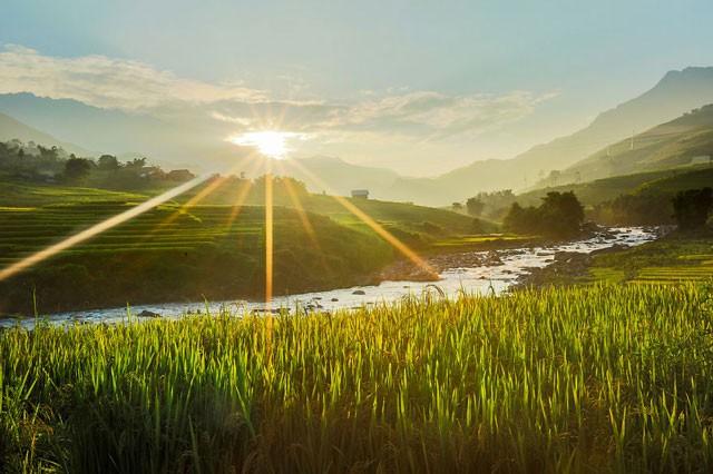 Việt Nam đẹp lung linh qua ống kính của nhiếp ảnh gia Pháp - ảnh 14