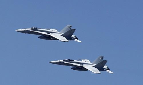 Hai tiêm kích F-18 Mỹ va chạm trên Thái Bình Dương - ảnh 1