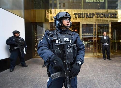 Thách thức an ninh bảo vệ tổng thống đắc cử tại Tháp Trump - ảnh 3