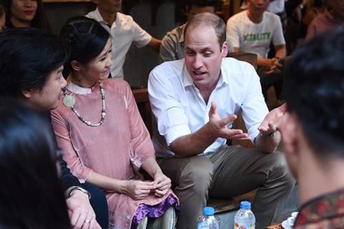 Hồng Nhung, Phan Anh ấn tượng với sự chân tình của Hoàng tử William  - ảnh 1