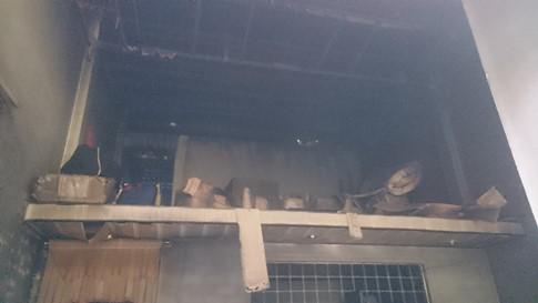 Cúng trước khi giao nhà cho chủ mới, xảy ra hỏa hoạn, chủ cũ chết cháy - ảnh 1