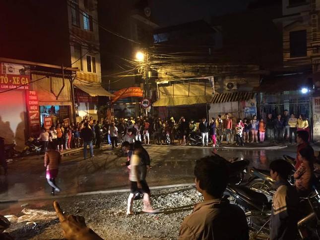 Cháy lớn tại xưởng nhựa làng Trung Văn - ảnh 2